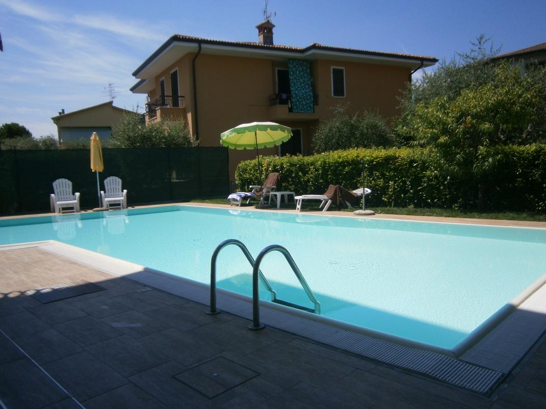 Piscina hotel chiara sirmione - Hotel lago di garda con piscina ...